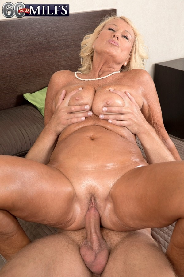 Big B. reccomend nature creampie hd