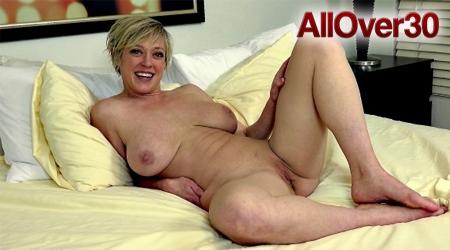 Bratty Sis - Lana Rhoades Big Ass Bouncing On My Cock S5:E2.
