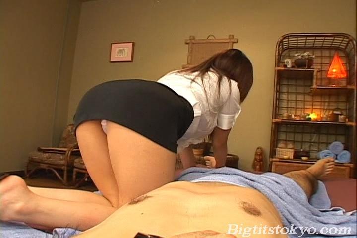 Blue L. reccomend massage shop