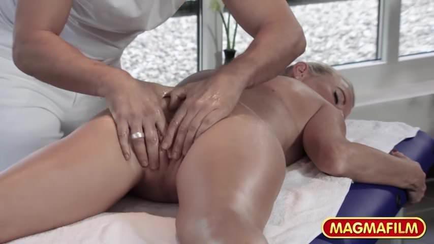 Mature vegas massage escort MILF