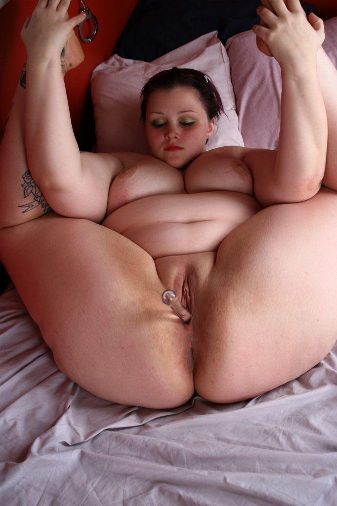 Girls swollowing multiple cum loads