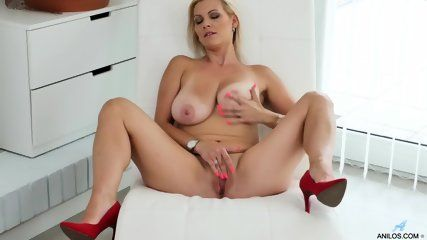 best of Solo thumbs Milf