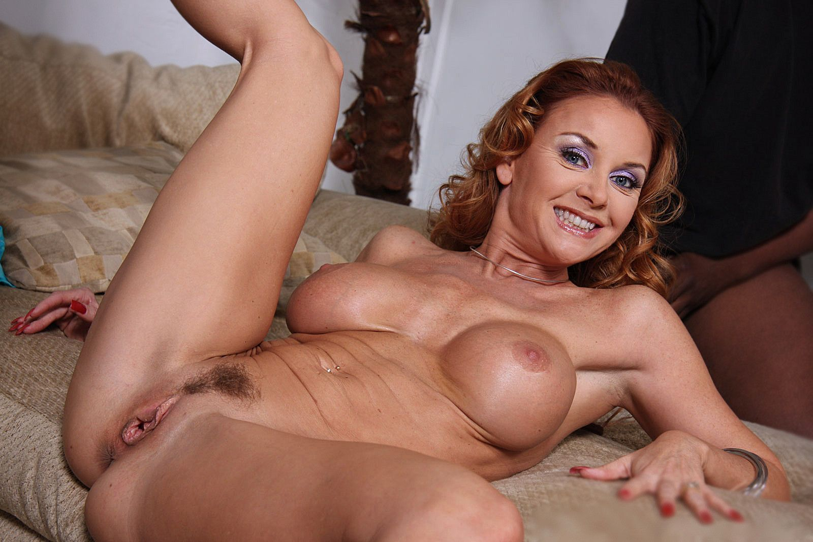 Homemade amateur mature hairy clips