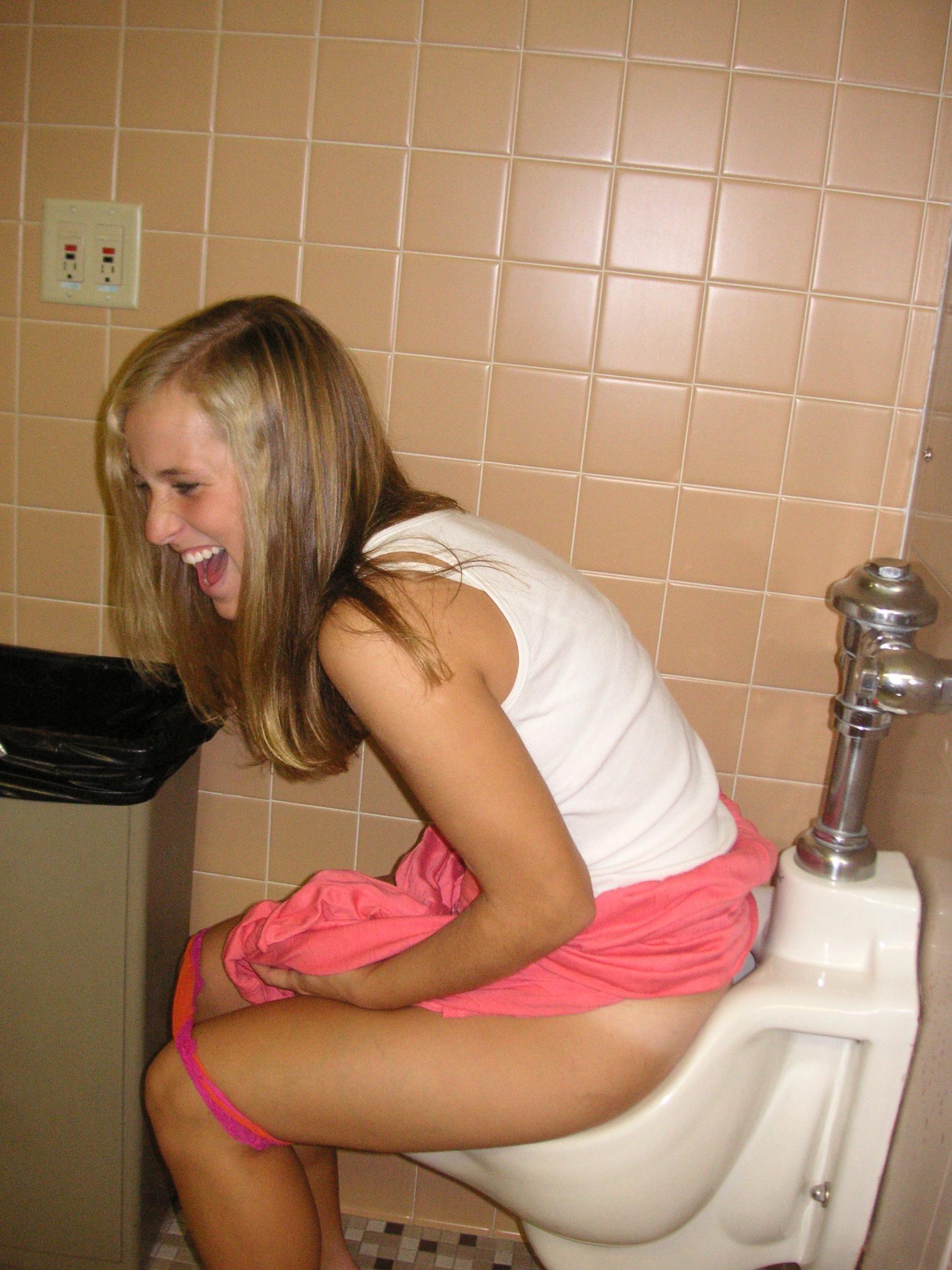 best of Toilet Girls peeing over