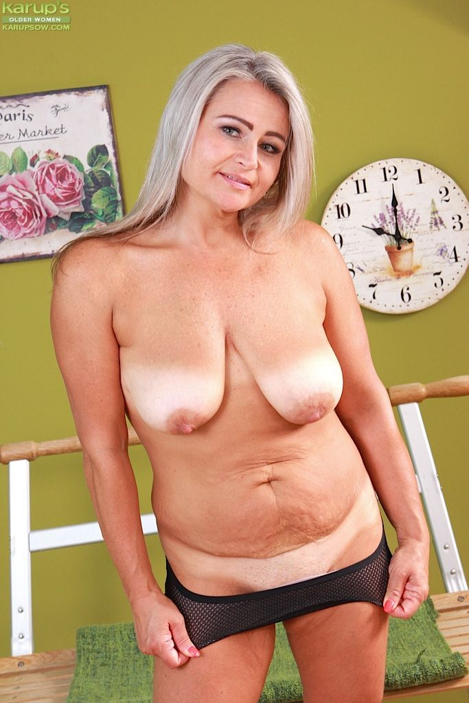 Tic T. reccomend Chubby old boobs