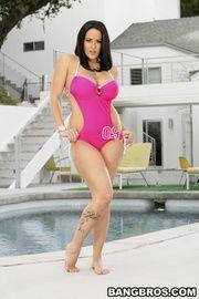 Rep recomended Heidi montag + bikini