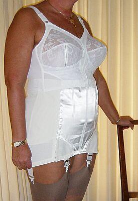 General reccomend Ladiesin girdlespics