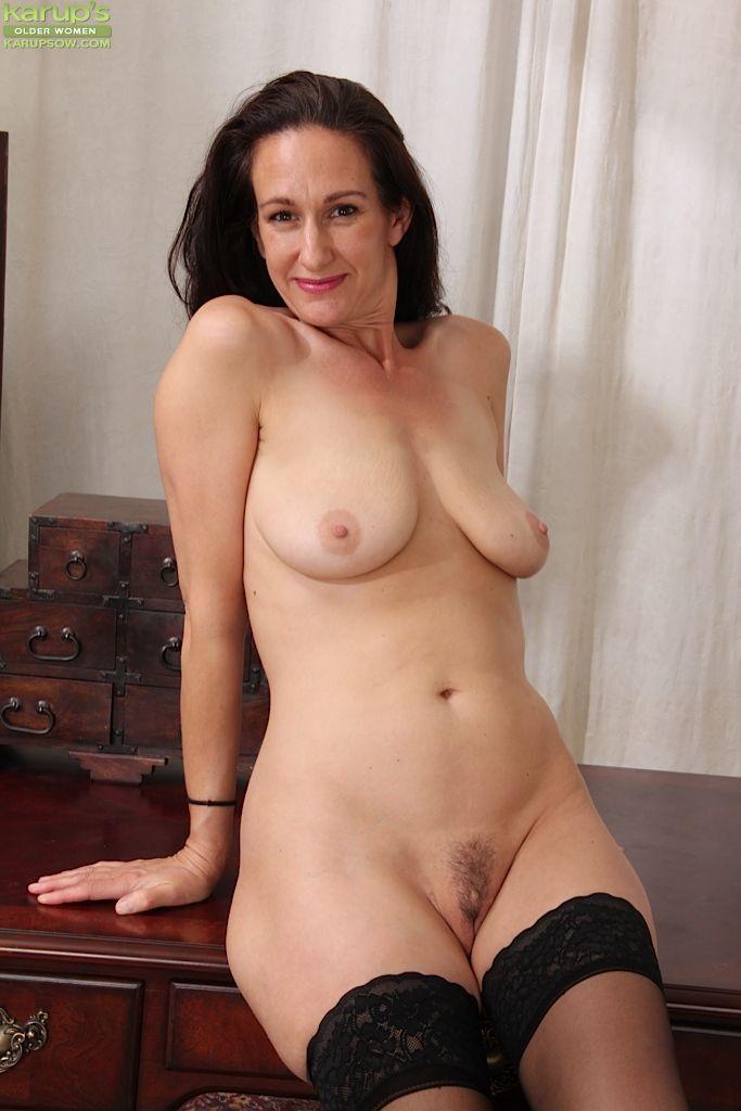 Big floppy tits mature women clips