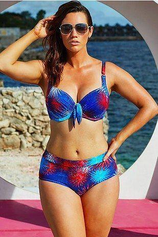 Box K. reccomend Gordita en bikini