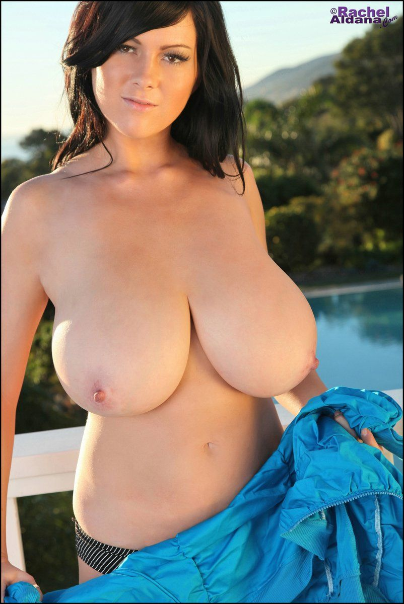 Free gallery of women images with big tits