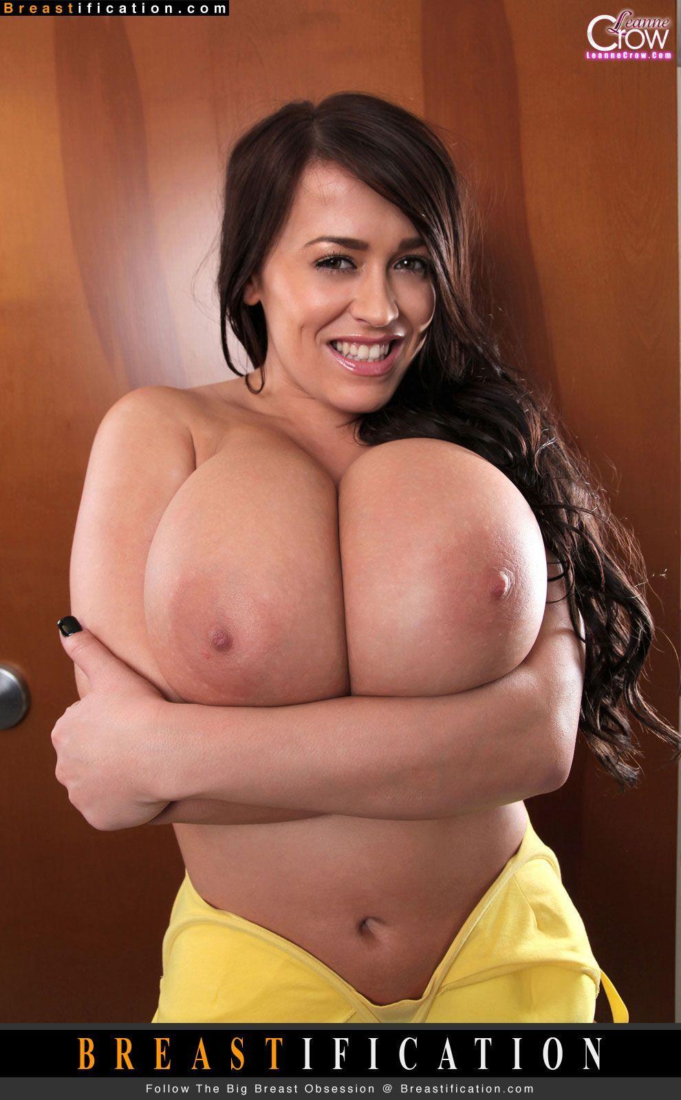 Guy squezze big tits Big Boob Guy Squeezing Tit Sex Photo