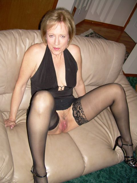 Mature whore porn