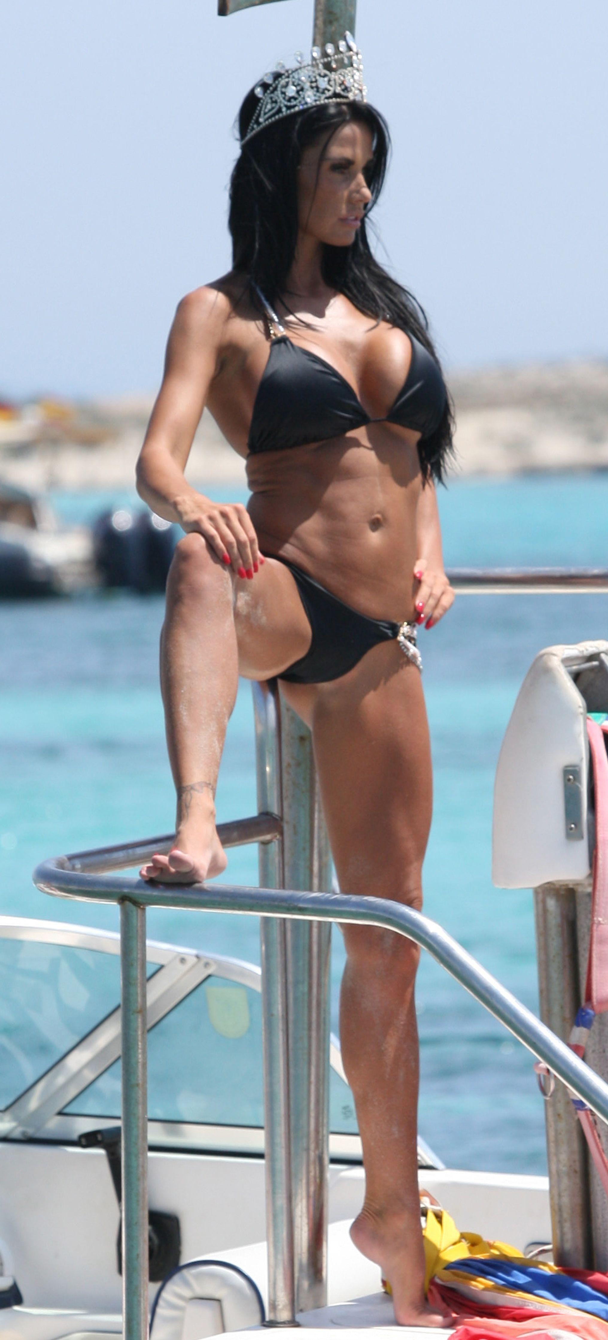 Beamer reccomend Katie price bikini pics