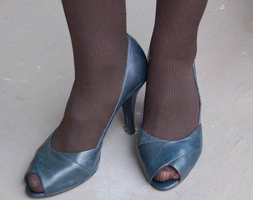 Sugar P. reccomend Pantyhose peep toe shoes