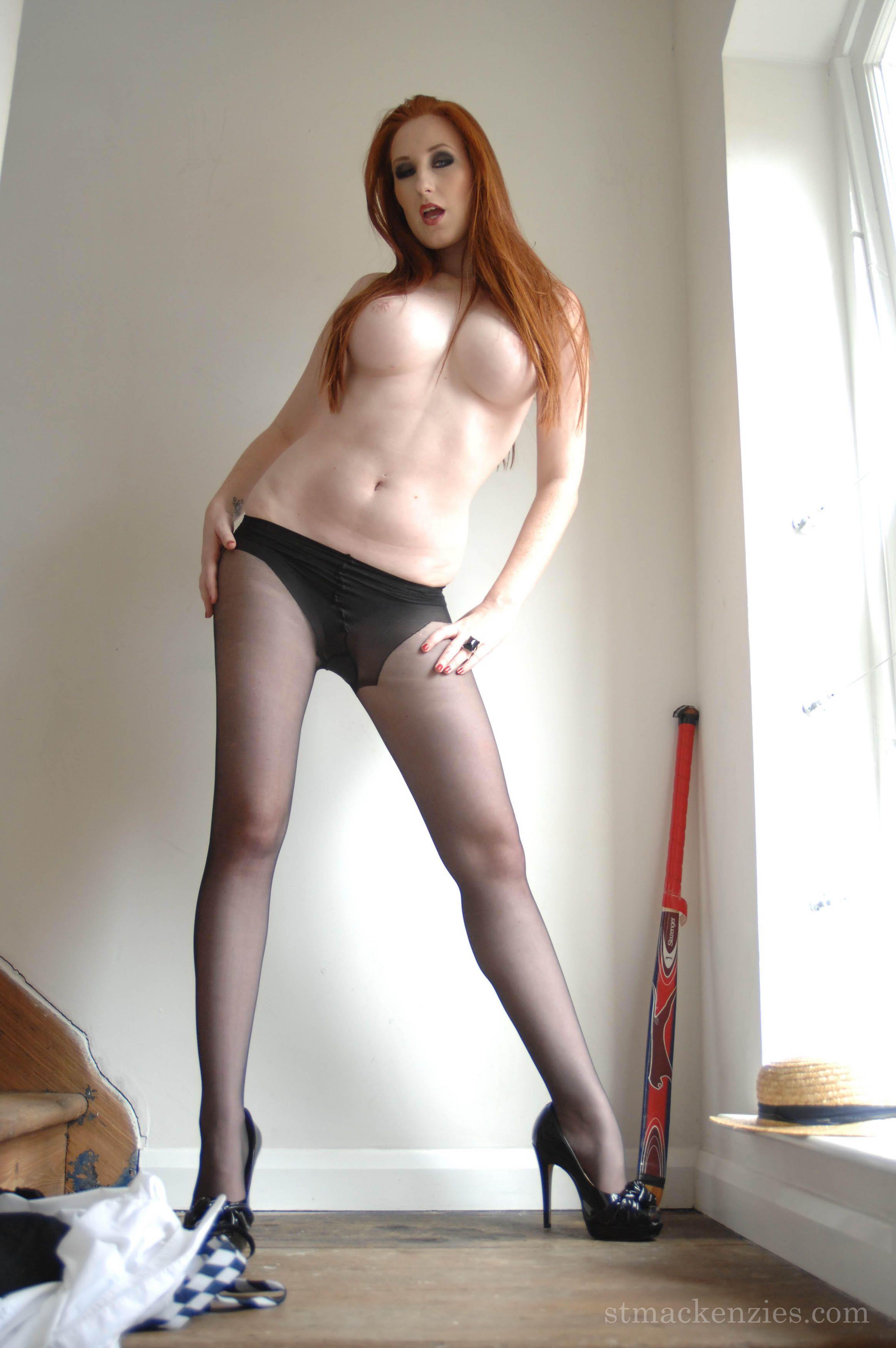 Pale porn girl sex
