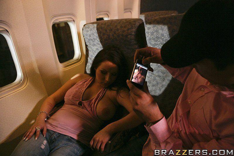 Granger reccomend Tits on the plane