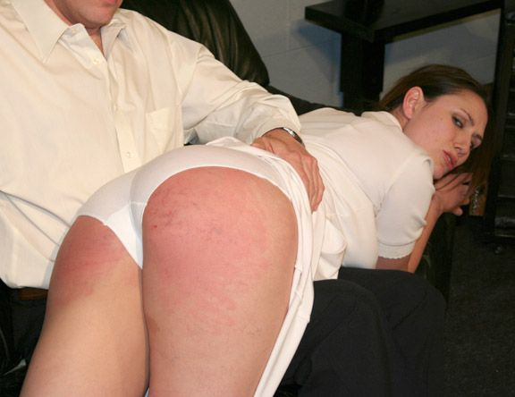To spank erotically